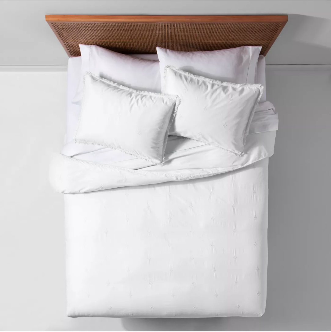 Garment Washed Embroidered Duvet Cover - White